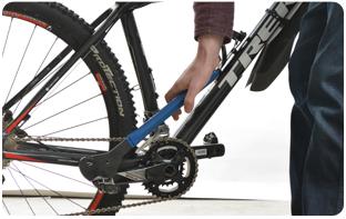 Contrôle des serrages d'un vélo français